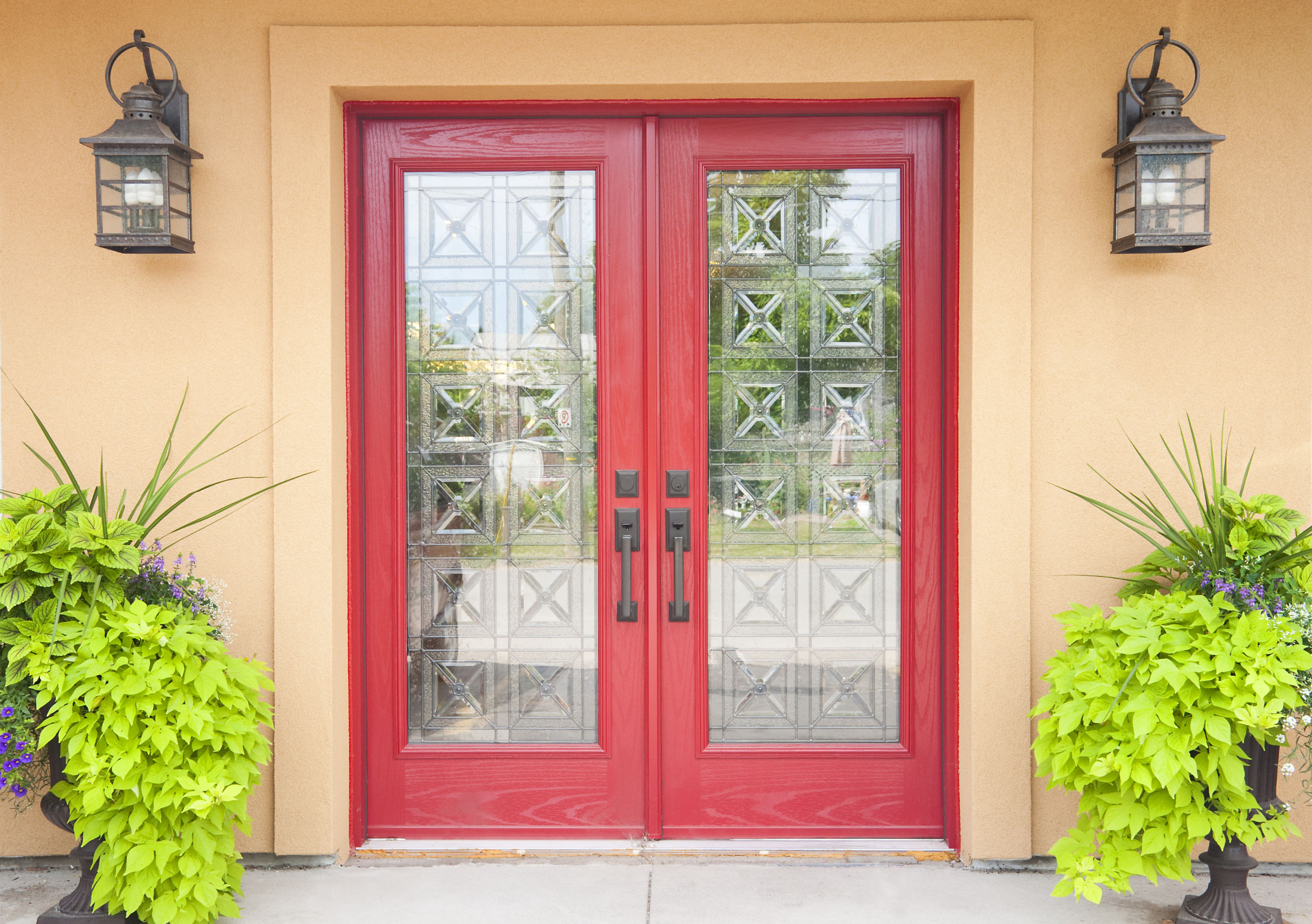 A Picture Gallery Of Red Front Doors