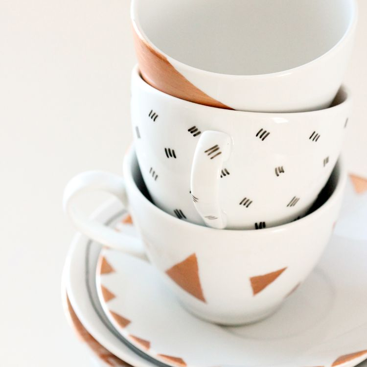 DIY Dishwasher Safe Painted Mugs