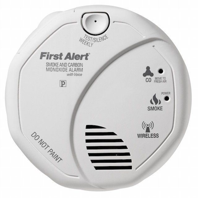 First Alert SCO501CN-3ST ONELINK Battery Operated Combination Smoke and Carbon Monoxide Alarm with Voice Location