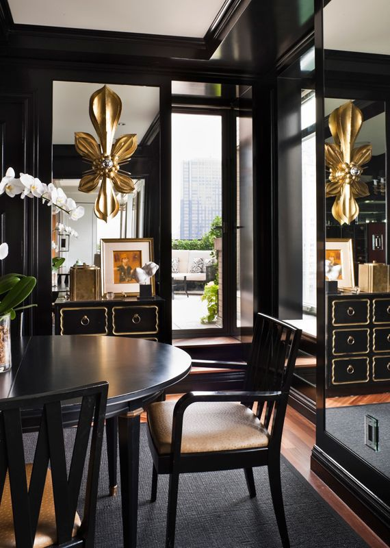 8 black dining rooms with chic style