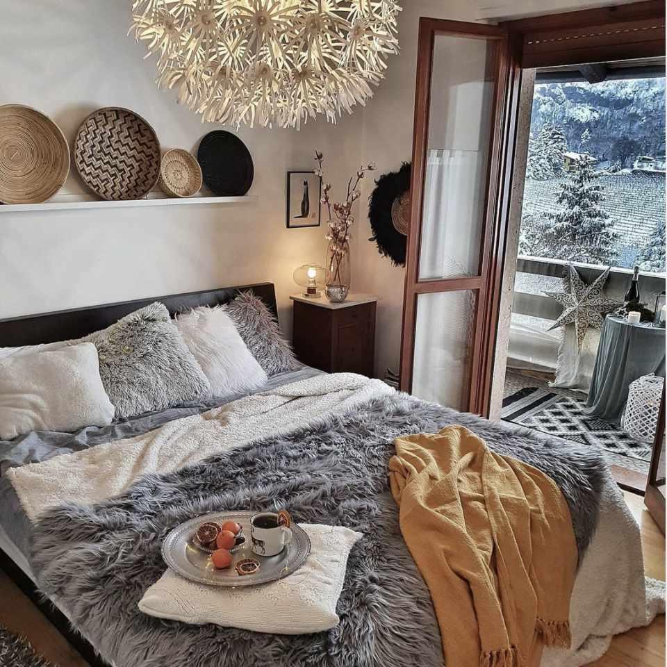 neutral hygge bedroom