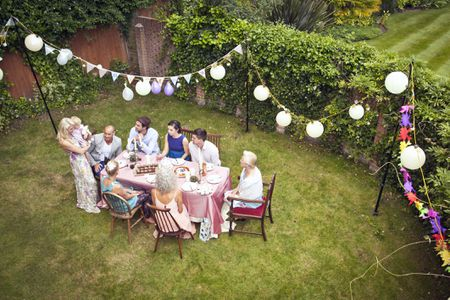 Elegant Backyard Party Decoration Ideas for Adults