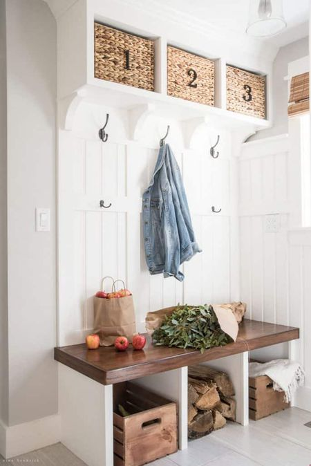 Super 15 Creative Mudroom Storage Ideas Download Free Architecture Designs Scobabritishbridgeorg
