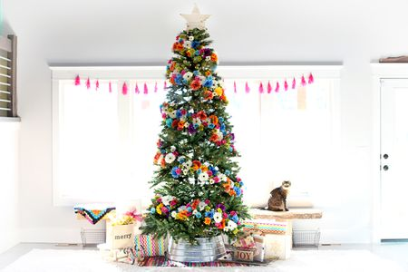 how to decorate a christmas tree flower christmas tree