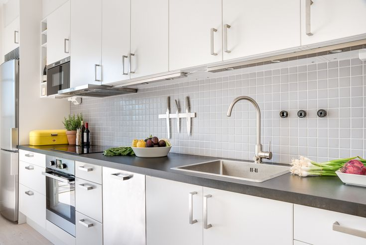 Theril Cabinets, Repair Laminate Kitchen Cabinets
