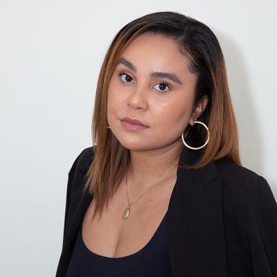 Andrea Navarro Headshot