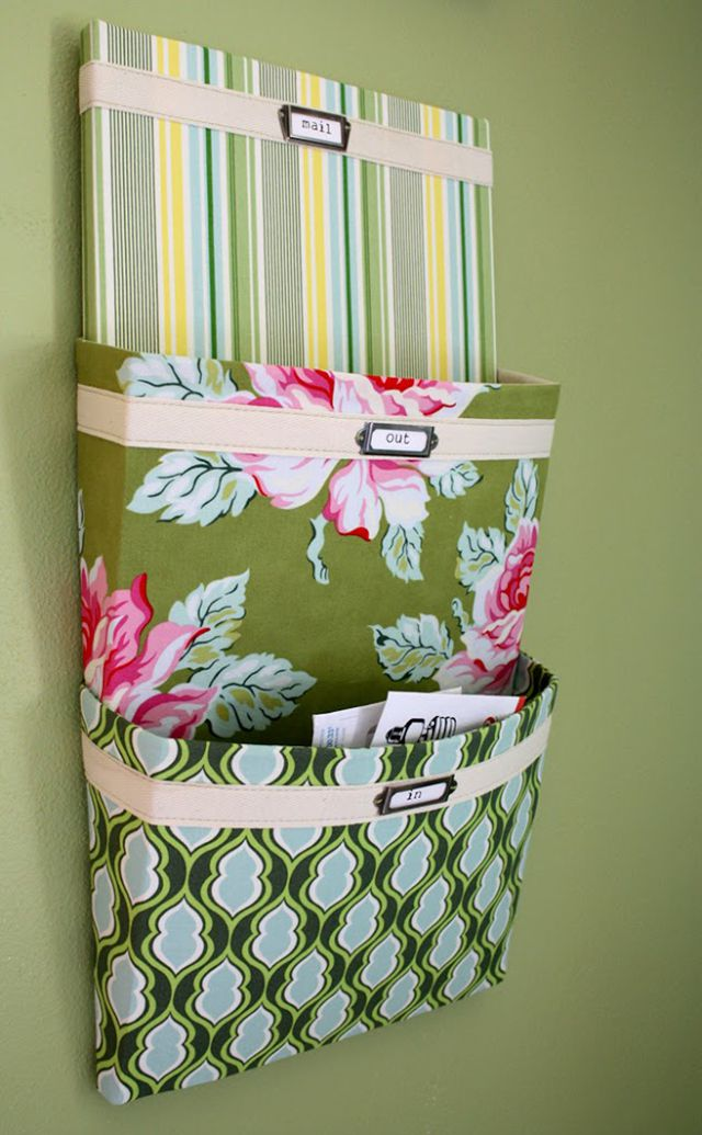 Mail organizer for mudroom