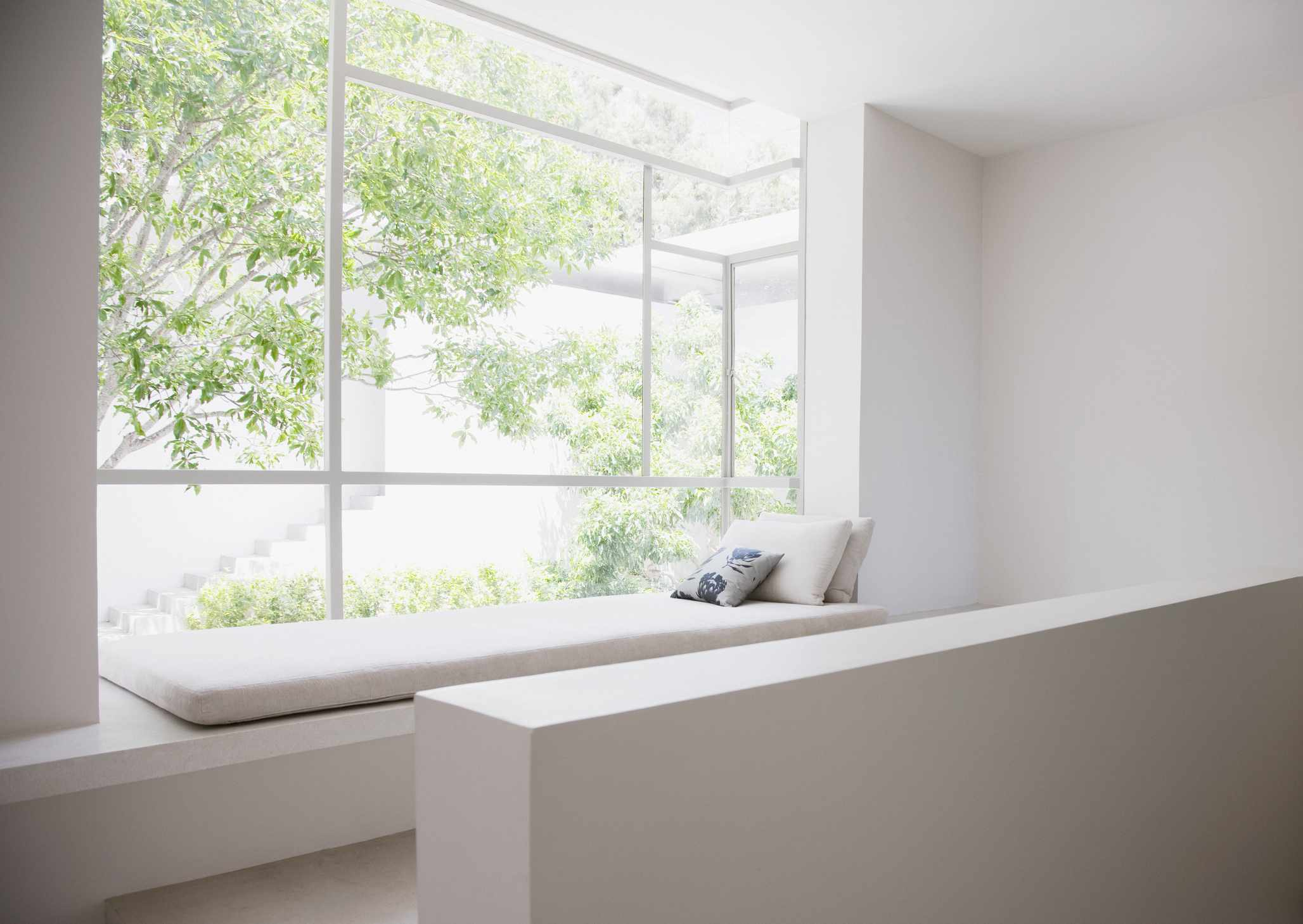 Modern bay window seat