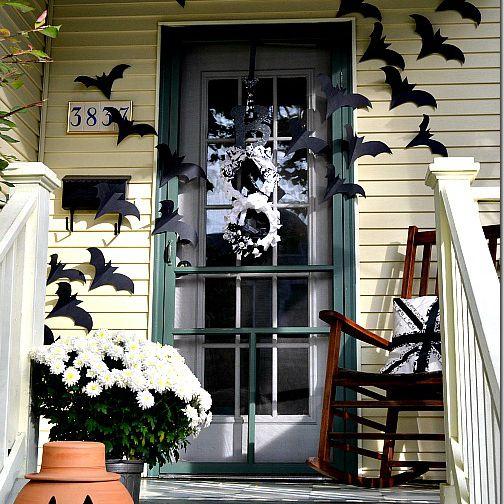 Halloween door bats