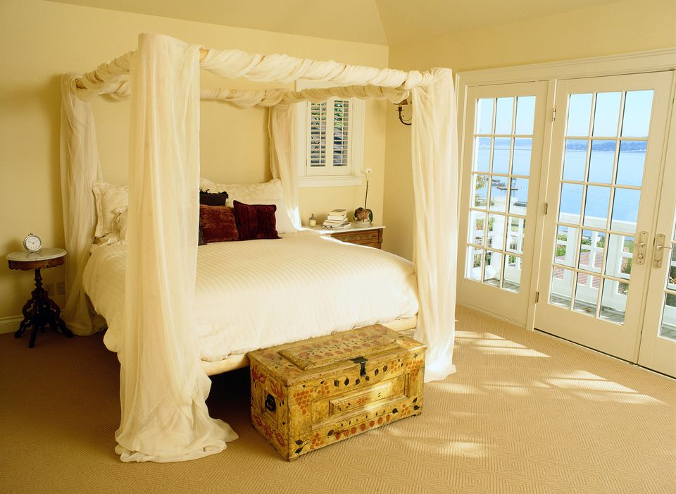 Romantic canopy bed.