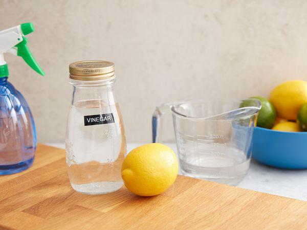 ingredients to make citrus spray cleaner