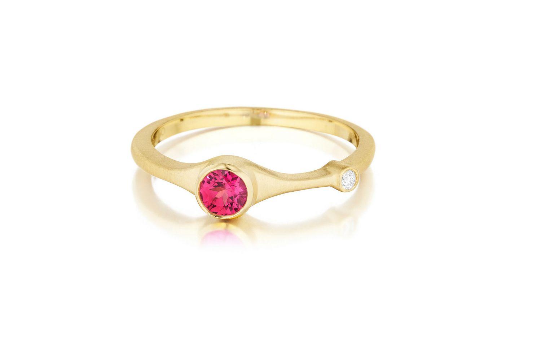 anillo de espinela