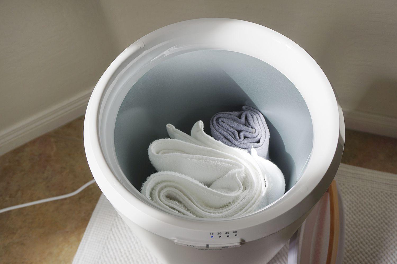 Zadro Ultra Large Luxury Towel Warmer 2