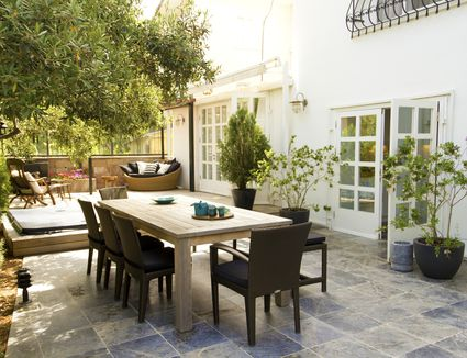 Outdoor patio with plants