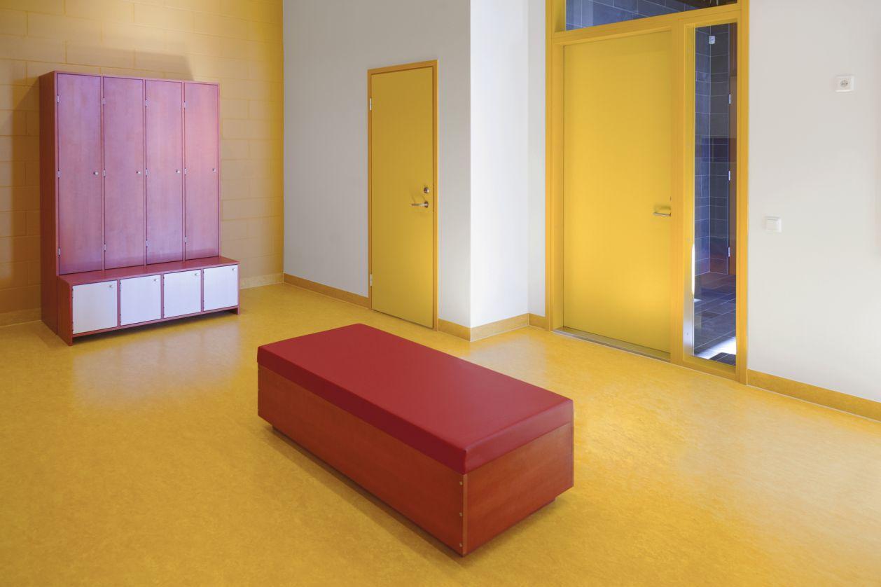 Linoleum kindergarten flooring