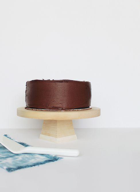 Soporte de pastel de madera de bricolaje
