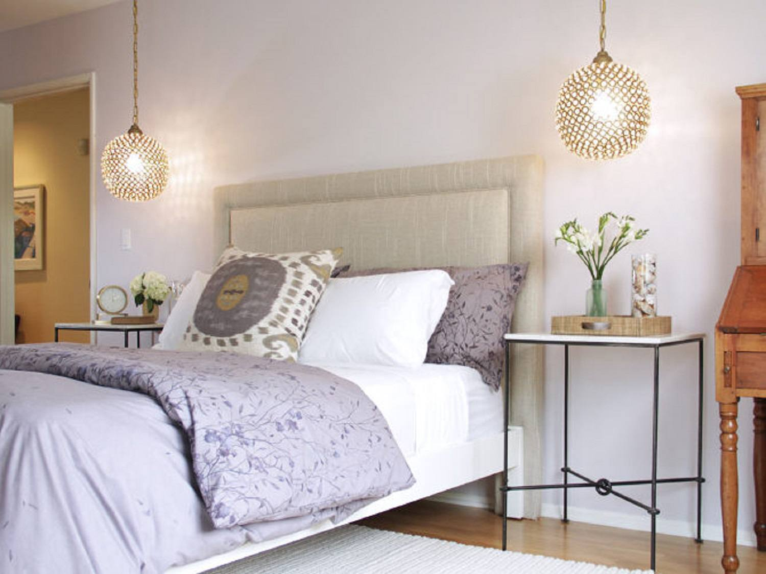 Decorating The Bedroom With Lavender