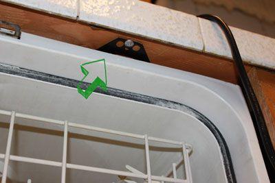 Dishwasher brackets