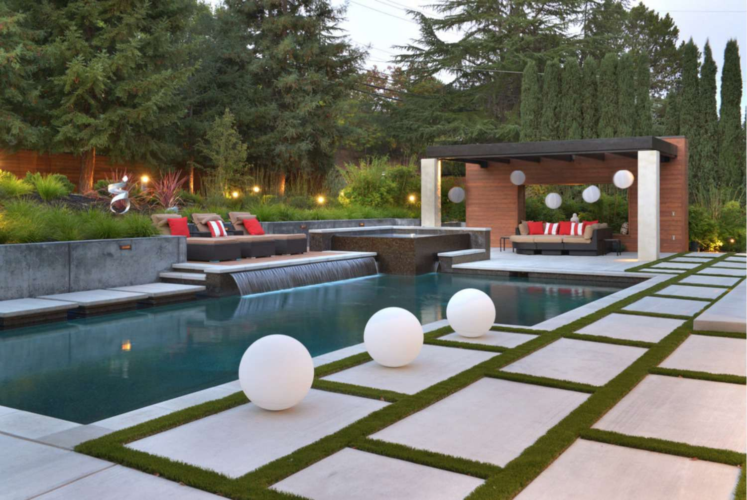 Pool water feature ideas