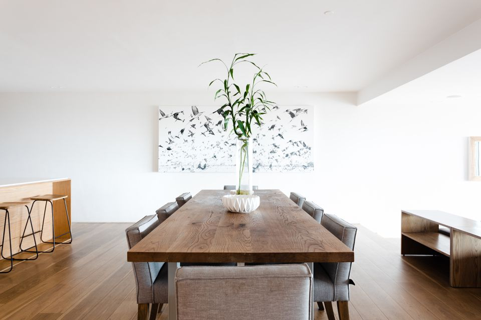 minimalist dining room