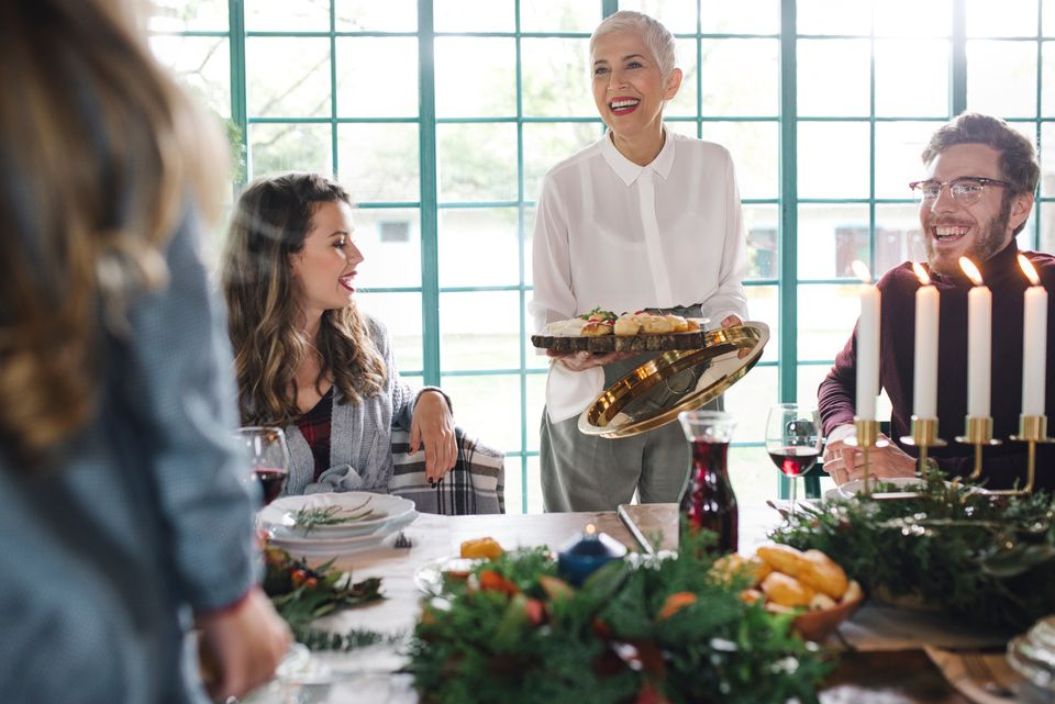 holiday entertaining etiquette