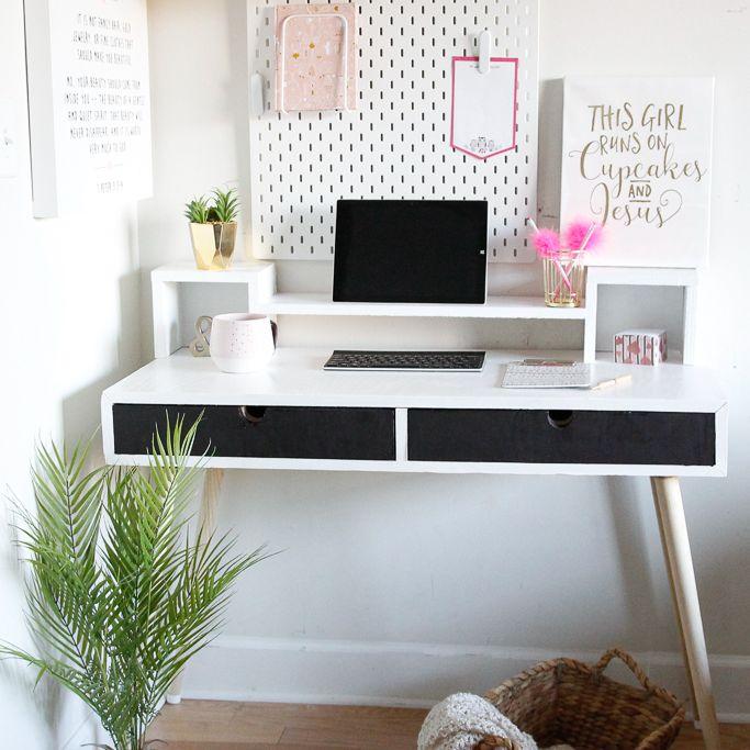 Char Miller-King's desk for her daughter