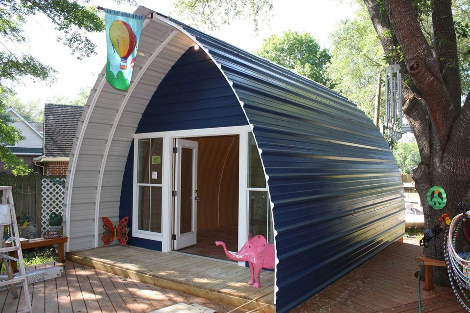 18 small cabins you can diy or buy for 300 and up arched cabin solutioingenieria Image collections