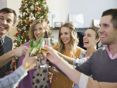 35 christmas party games for the office or your holiday party