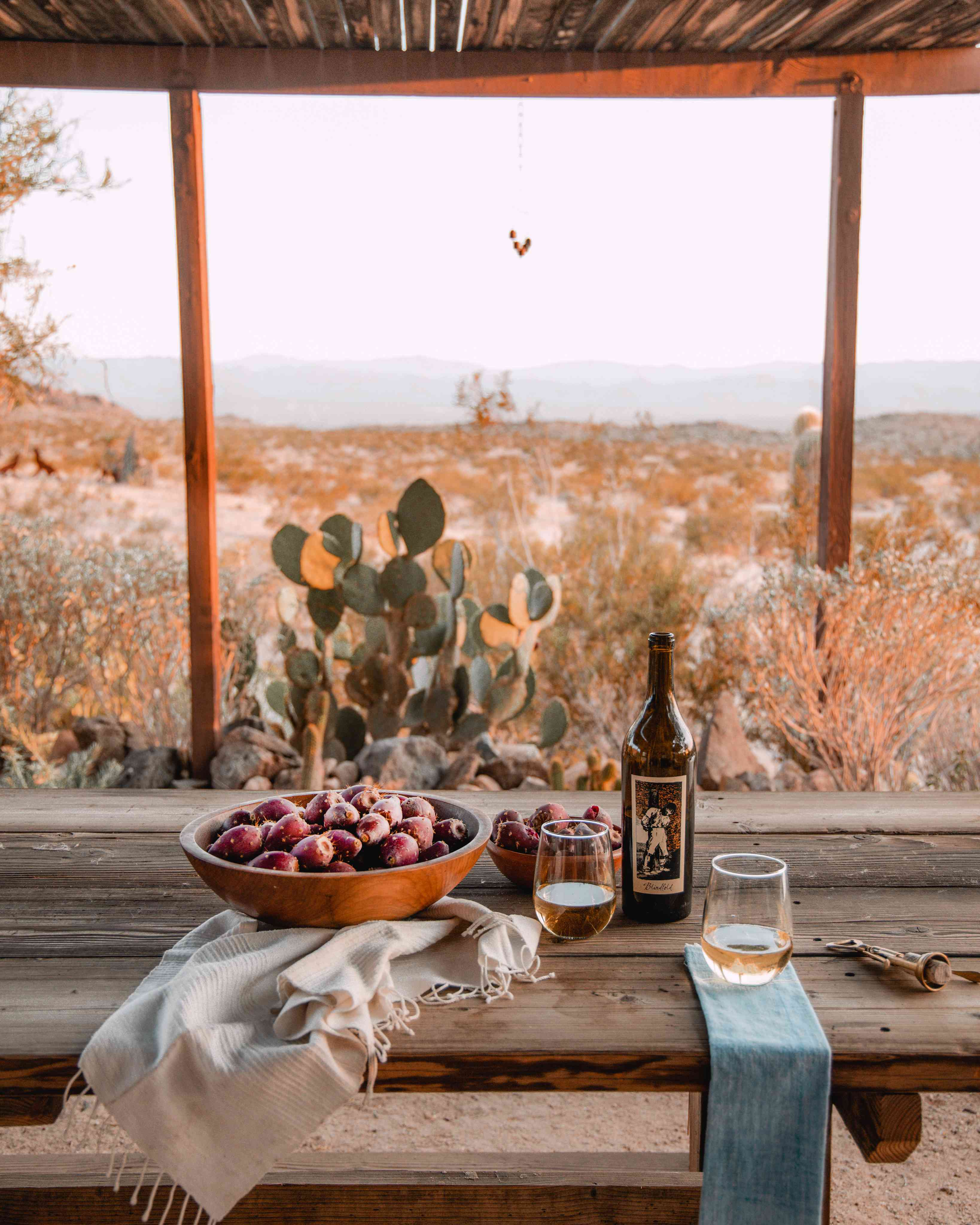 Outdoor dining at The Joshua Tree House