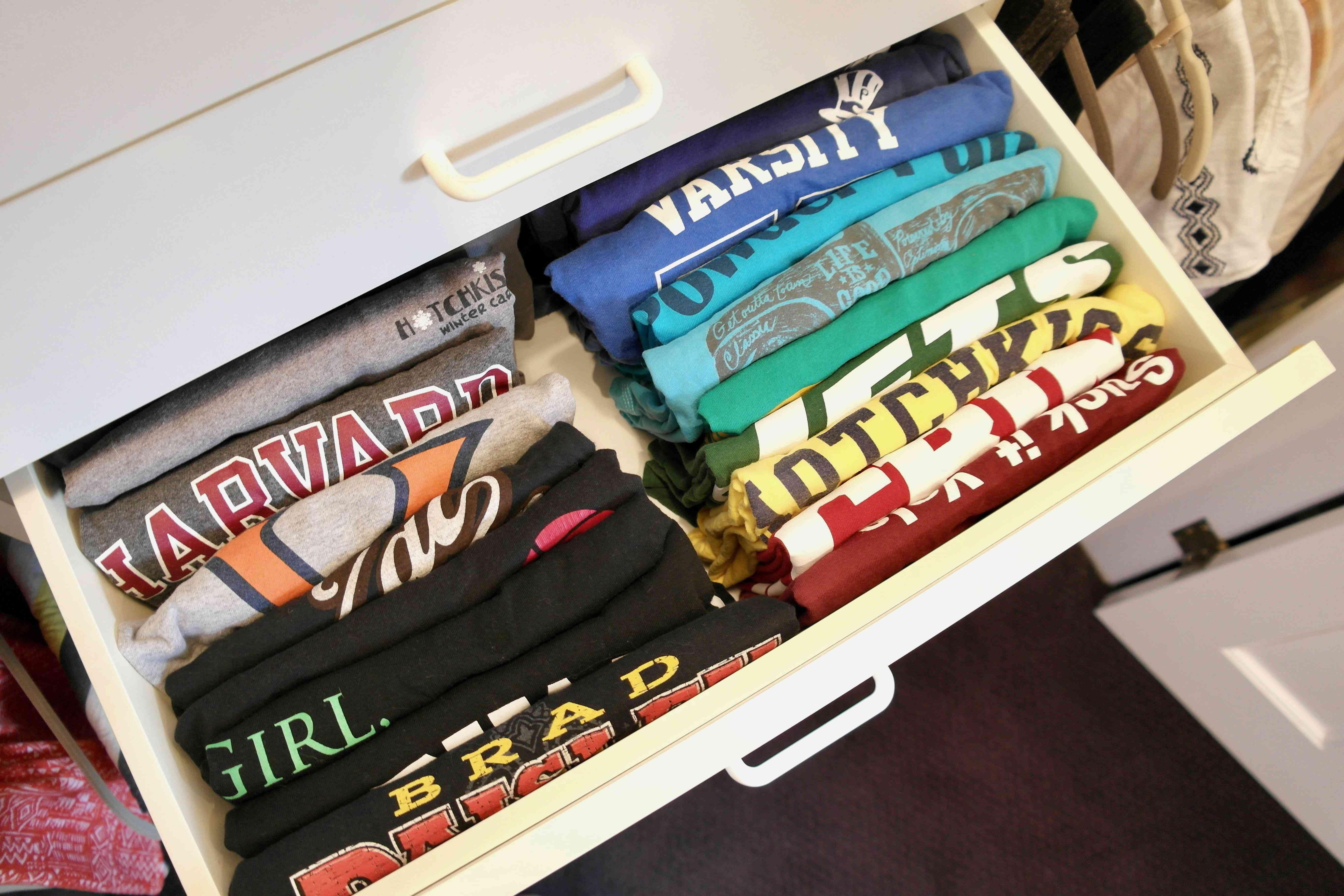Archivar tus camisetas