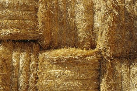 How To Build A Straw Bale Compost Bin - Bales