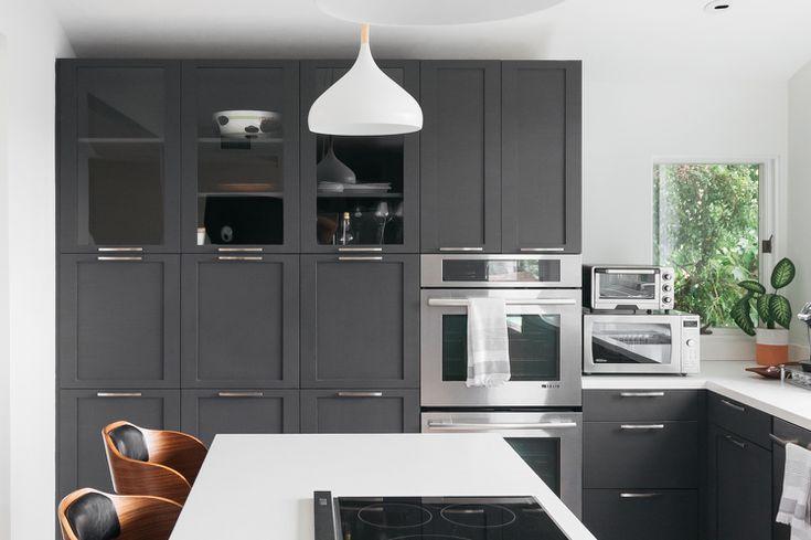 21 Ways To Style Gray Kitchen Cabinets, Paint Kitchen Cabinets Dark Grey