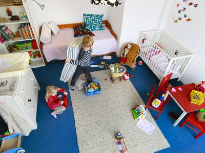 15 Minute Kid\'s Room Cleanup Guide