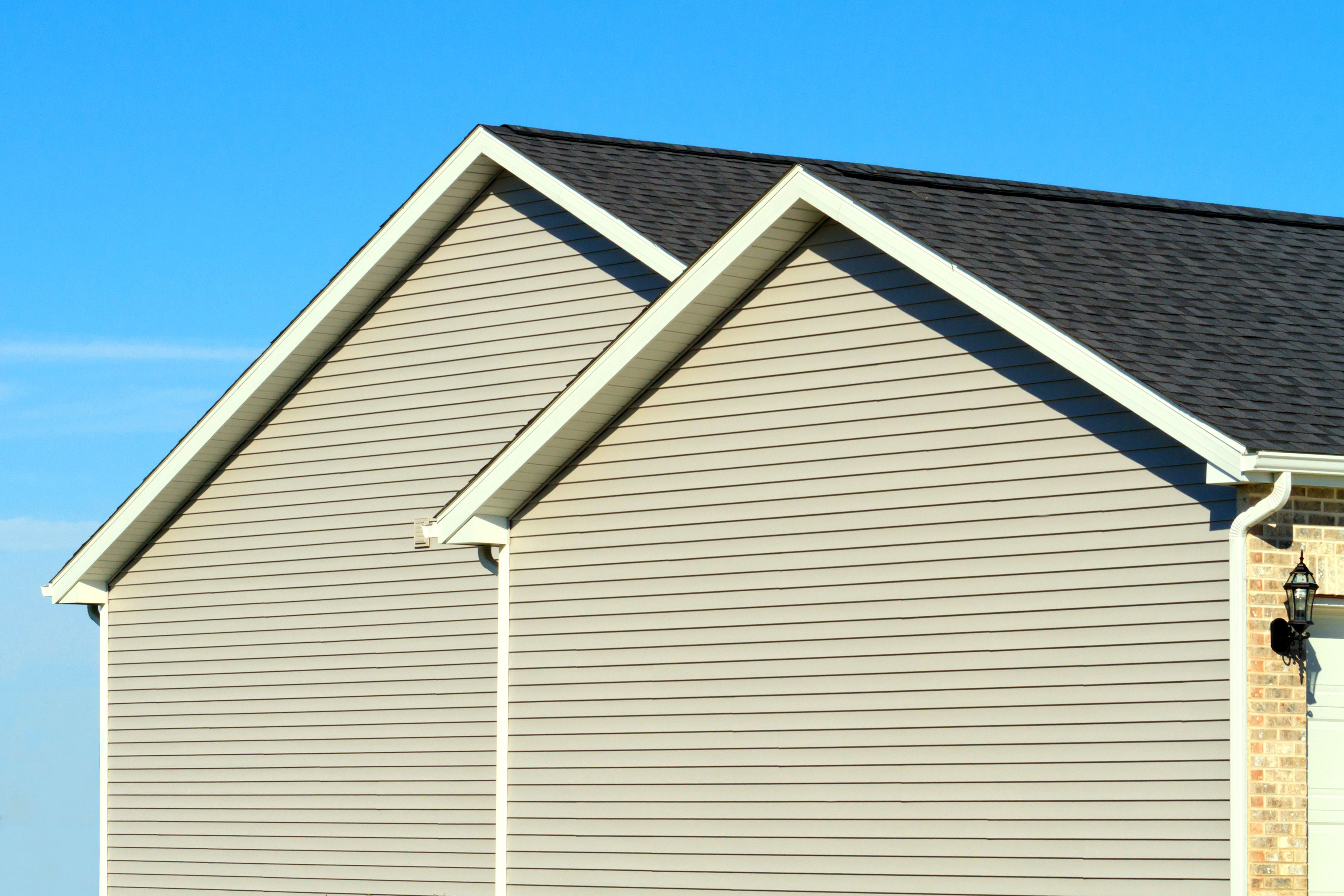 A new home showing vinyl siding.