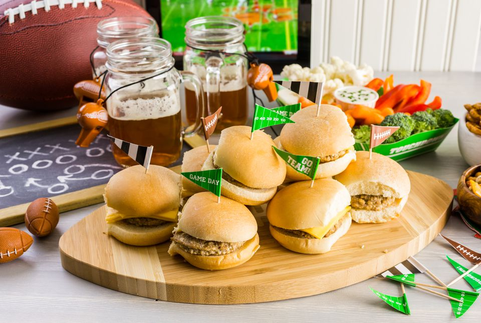 Sliders with veggie tray