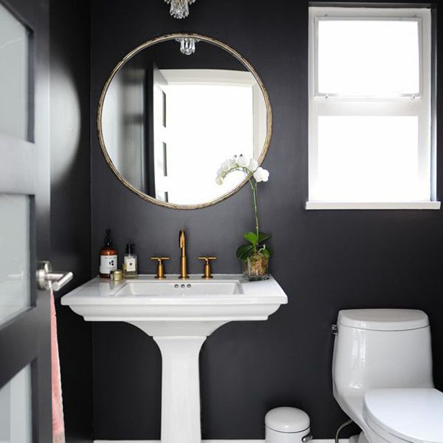 14 Beautiful Black Bathrooms
