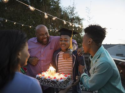 Celebrate Your College Graduate 17 Ideas For An Amazing Party