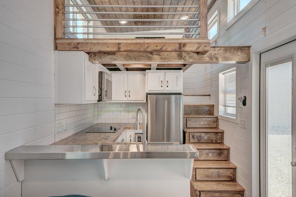 Simple Second Floor House Interior Design