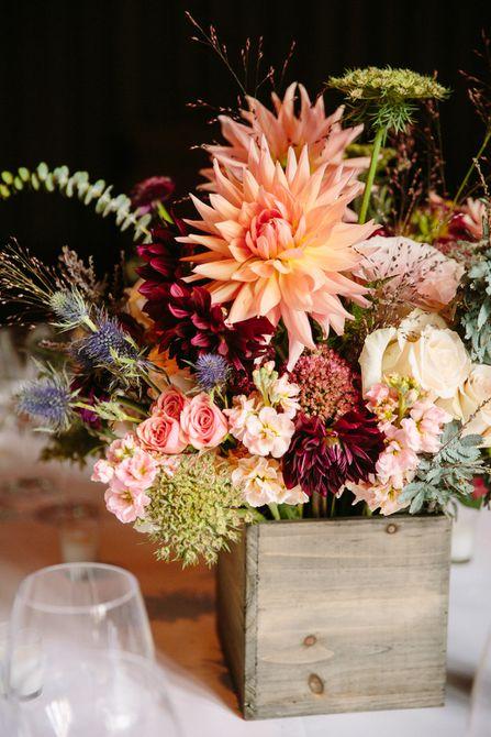 Centro de mesa rústico para bodas de otoño