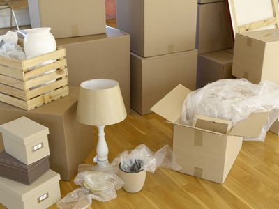 What Are Some Strategies For Protecting Lamp Shades During A Move