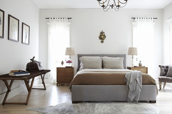 A nicely decorated guest bedroom