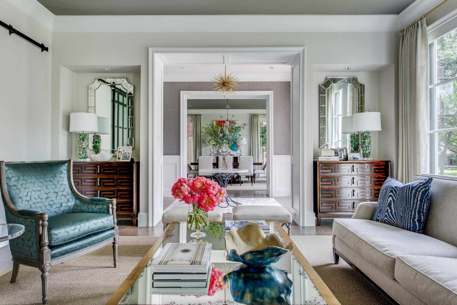 mirrored-topped-coffee-table