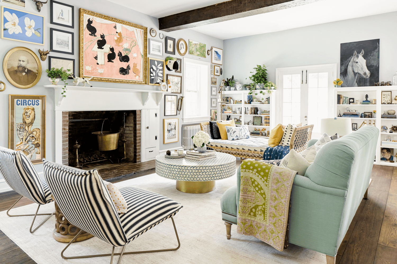 15 Decorating Ideas For Gray Walls, Gray Wall Living Room Design