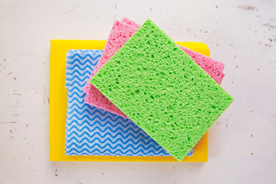 Different-colored wipes and sponges