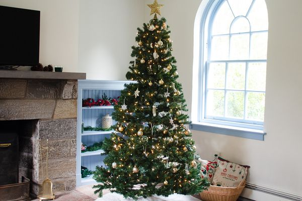 Best Choice Products Spruce Hinged Artificial Christmas Tree
