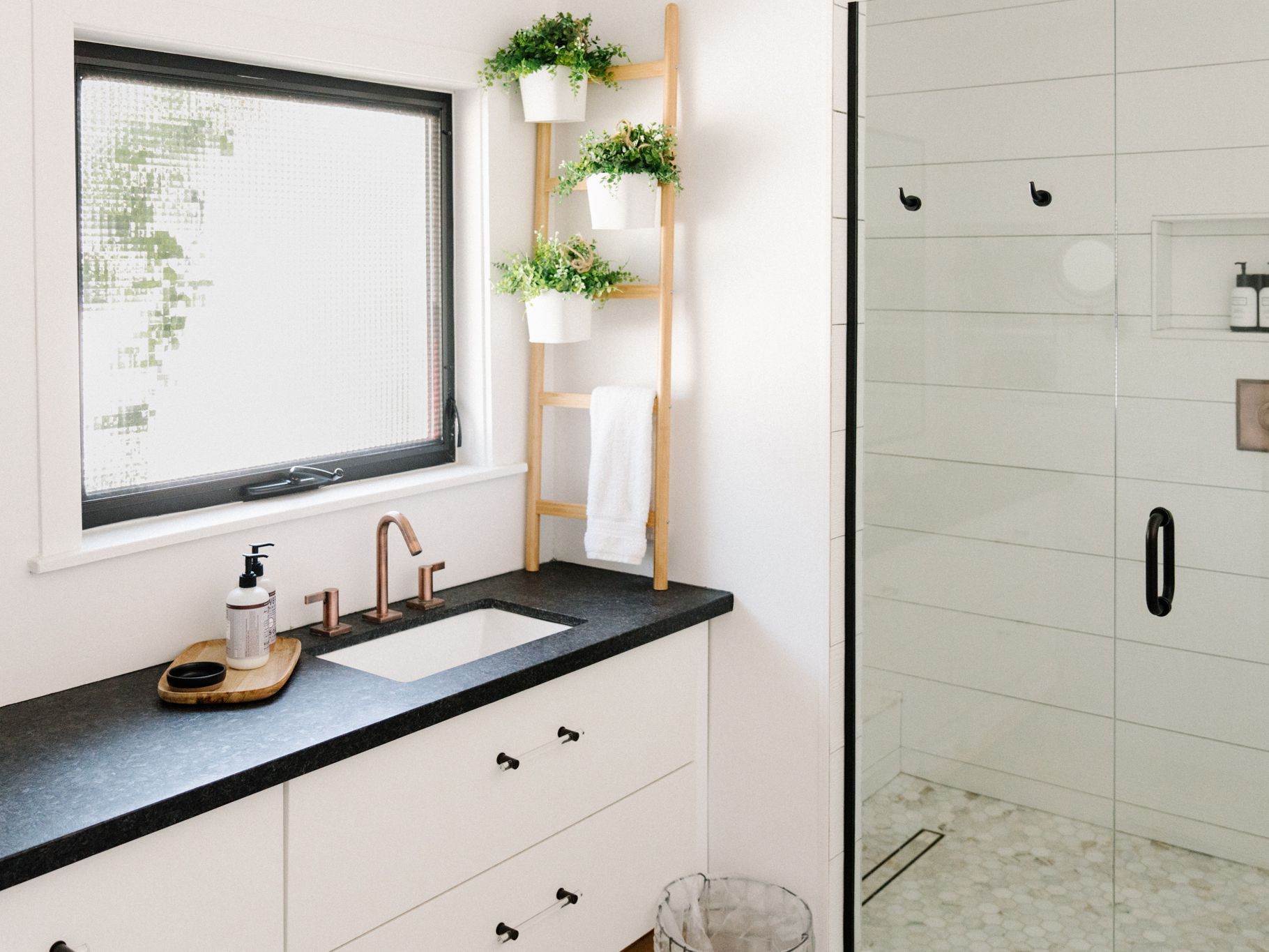 15 Modern Farmhouse Bathrooms, Modern Farmhouse Bathroom