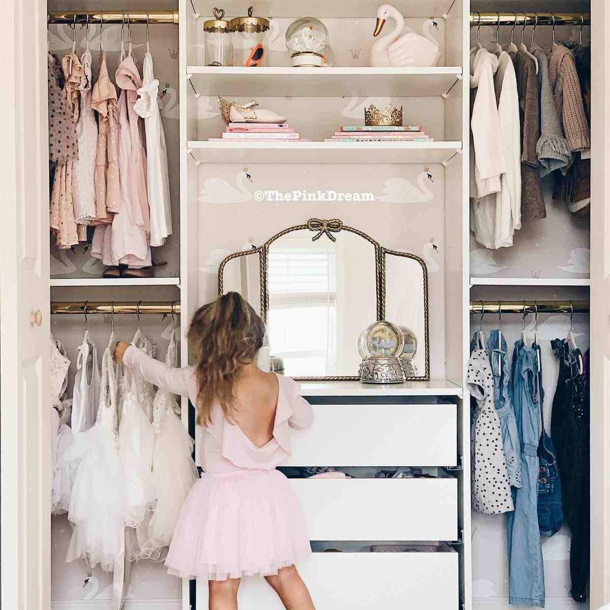 Kid's closet with double rails
