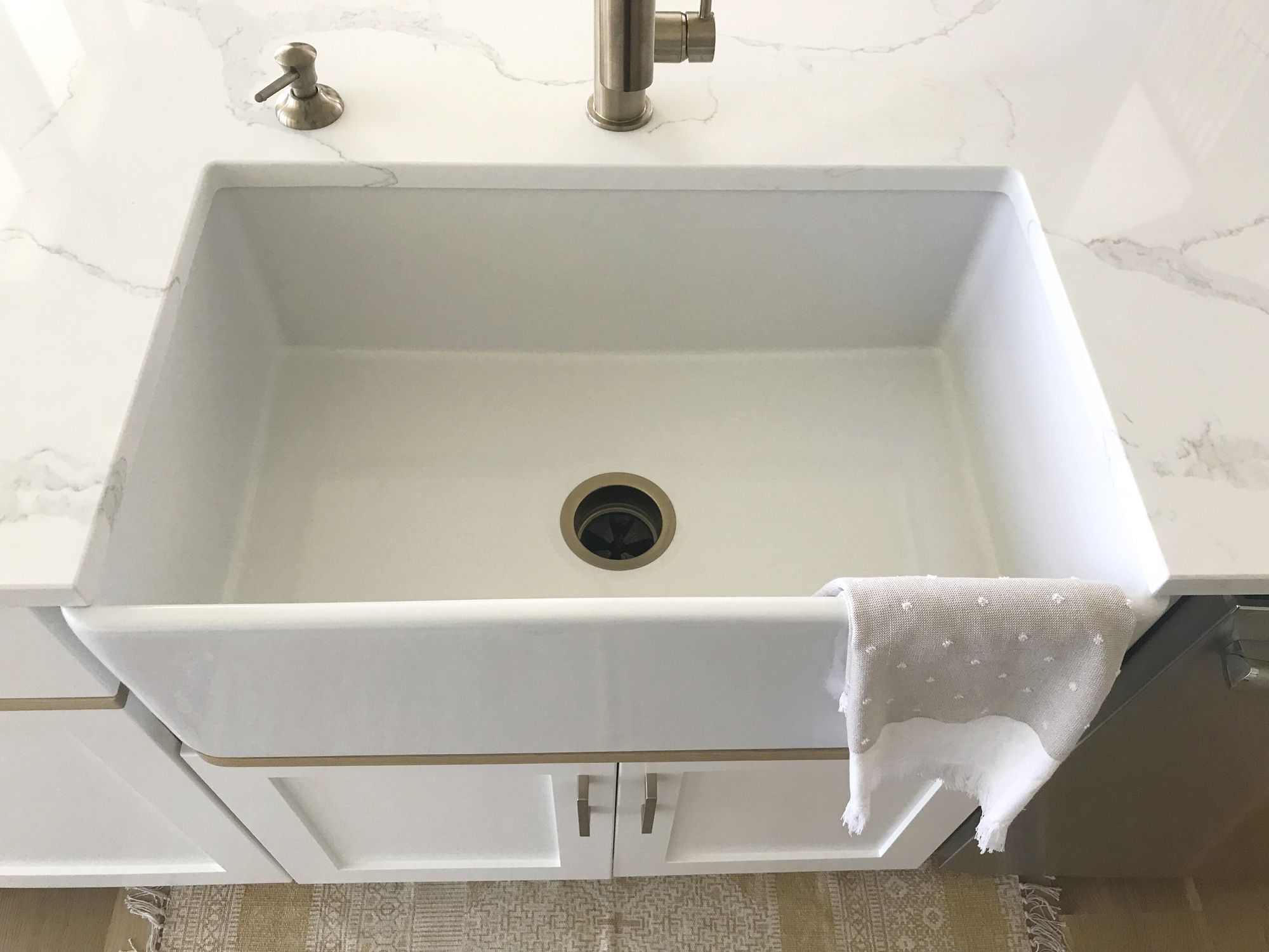 5 Annoying Things No One Tells You About Farmhouse Sinks