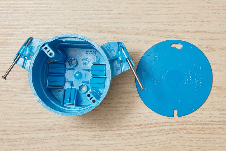 Plastic electrical box
