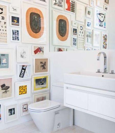 9 Ways To Display Art In Bathrooms